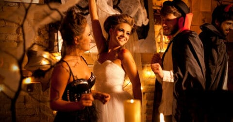 Tips for Throwing a Successful Adult Halloween Party